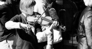 نوازنده ویولون