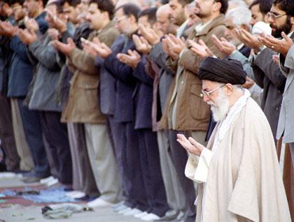 نتیجه تصویری برای نماز جماعت
