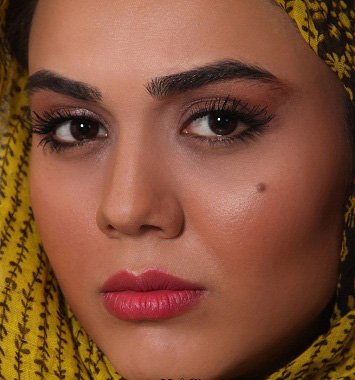 بیوگرافی آزاده زارعی بازیگر فیلم آوای باران   دانشنامه تی تیل