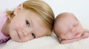 چطور کودکمان را برای حضور نوزاد جدید آماده کنیم