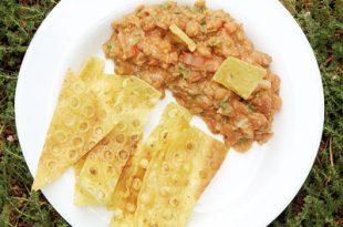 a029393917184102a 310x205 - سالسای لوبیا غذای ساده و خوشمزه ایرانی